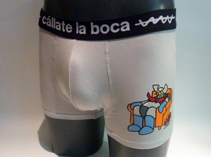 Boxer Mazinger Z de Cállate la Boca