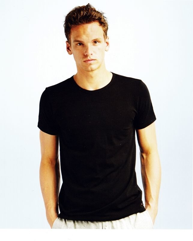 Camiseta Tommy Hilfiger negra cuello redondo