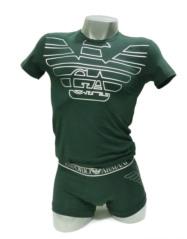 Conjunto de camiseta y boxer de Emporio Armani