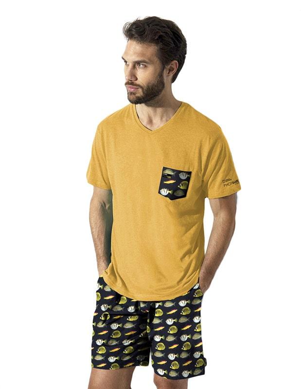 Pijama National Geographic estampado con Peces Trópicales