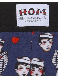 Boxer HOM x Herve Lenfoire con marineros y corazones